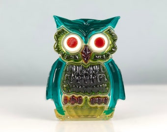 Vintage Resin Owl Napkin Holder, Lucite Letter Holder, Molded Plastic Owl, 1960s Kitchen