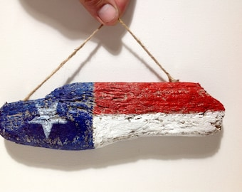 Texas Patriotic Gift Wall Hanging Independence Day Gift Sea Driftwood Beach Home Decor Painted Driftwood Texas Flag Decor Rustic Flag Decor