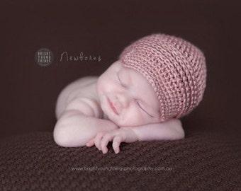 SALE Classic Newsboy Cap / Newborn Photography Prop / Dusky Pink / Newsgirl Hat