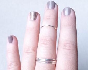 Set of 3 Stacking Rings - 925 Sterling Silver Hammered Artisan Stacking Ring Set - Gift Handmade Modern Trendy Thin Skinny Rings