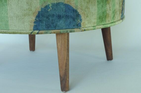 Excelente Pequeños Muebles Tapizados Escabel Friso - Muebles Para ...