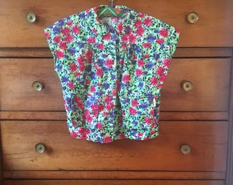 Vintage 90's floral shirt size small