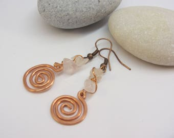 Spiral Earrings with Rosequartz crystals - handmade wire wrap with copper
