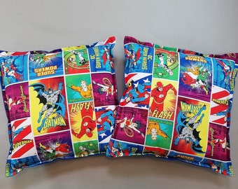 DC Superheroes Pillows (Set of 2)