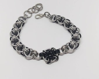 Black and silver Chainmaille Bracelet (Wormhole)