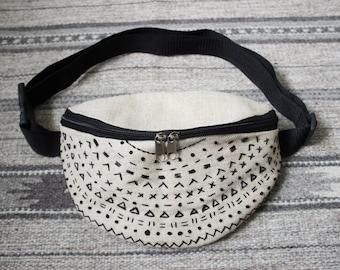 Fanny pack Belt bag Bum bag Waist purse Embroidered waist bag Embroidered bag Canvas waist bag Canvas  bag Boho fanny pack Gift for her