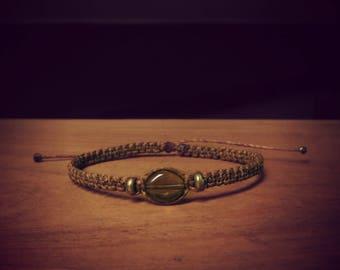 Macrame bracelet Brown with brass beads and smoky quartz