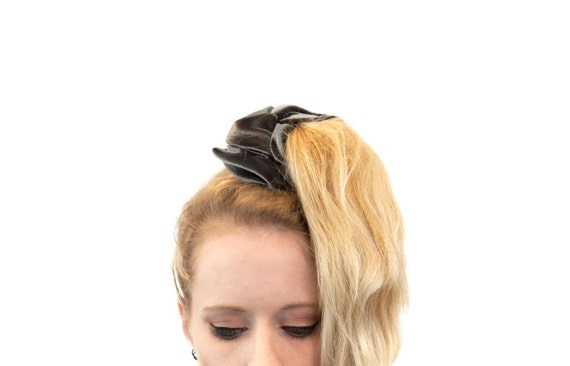 Scrunchie Hair Styles: Velvet Scrunchies Ponytail Holder Velvet Scrunchie Silver