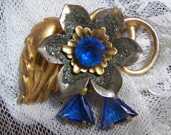 VINTAGE  Lg  COSTUME Brooch Blue GLASS Flower