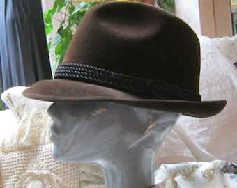 Vintage dark brown fedora, unisex brown fedora size 7 1/4, brown Biltmore Velurin fedora hat, made Canada dark brown fedora, retro fedora