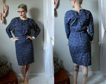 Vintage 'Confetti' Two Piece Skirt Set // 1960's Navy Blue Cotton Top with Pencil Skirt and White Confetti Pattern / Wiggle Skirt Size Small