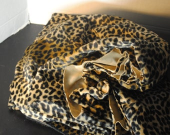 Leopard Print Faux Polyester Cloth 77 in by 65 in