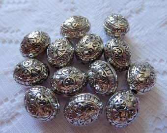 12  Antique Silver Etched Floral Puffed Oval Acrylic Beads  16mm x 12mm