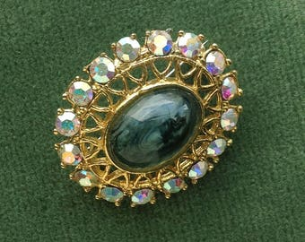 1950s gilt metal Vintage Pin/Brooch