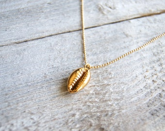 Gold Shell Necklace » Real Seashell Necklace » Cowrie Shell Necklace » Shell Jewelry » Layering Necklaces » Beach » Boho Jewelry