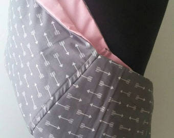 Baby Sling  Baby Carrier - Gray with White Arrows Pastel Pink  Lining  - Second Items ships free