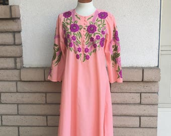 Vintage Embroidered Kimono Dress 1980s Coral and Fuschia Caftan Size M-L