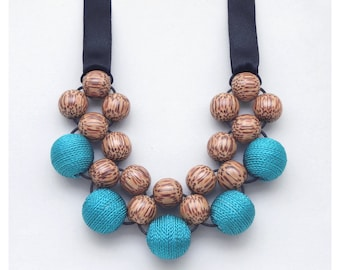 Natural Jewelry / Statement Necklace / Wooden Necklace / Bead Necklace / Turquoise / Bib Necklace / Wood Necklace / Beaded Necklace