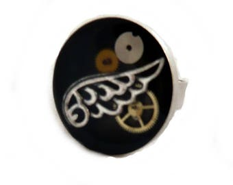 Steampunk silver bottom wing ring black