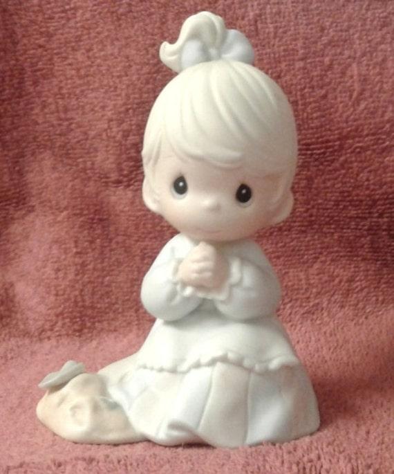 seeds figurine