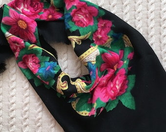 Vintage soviet shawl USSR Ukrainian woolen floral shawl Russian floral scarf Mother's Day gift Made in USSR Shawl with flowers