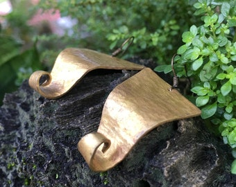 Spiral Texture Trinagle Brass Earrings