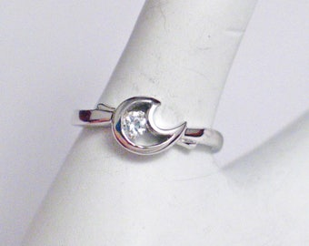 Dainty Moon ring band sterling silver diamond alternative cubic zirconia gemstone paisley size 6 .25 fine jewelry