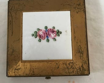 Vintage Compact Enameled Floral Rex Fifth Ave. Collectible Display Purse Handbag Accessory Vanity face powder make up brass USA