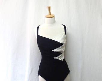 1980s Vintage Colour Block Bathing Suit / Black & White One-Piece Swimsuit
