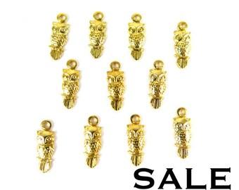 Tiny Raw Brass Owl Charms (24X) (V496) SALE - 25% off
