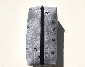 Itsy bitsy spider grey pencil pouch