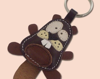 Cute Little Dark Brown Beaver Animal Leather Keychain - FREE shipping worldwide - Handmade Leather Beaver Bag Charm