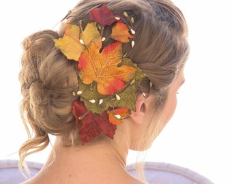 Big Fall Leaves Hair Comb, Fall Wedding Headpiece, Autumn Leaf Hair Clip, Rustic Red and Orange Leaf Headpiece