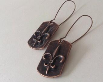 Copper fleur de lis pendant earrings