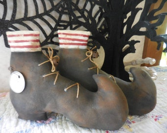 Primitive Folk Art Halloween Painted & Stained Witch Shoes Boots The With Is In