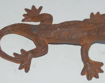 Rusty Cast Iron Lizard