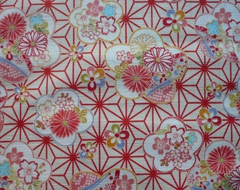 Japanese fabric geometric asanoha and large flowers of cherry bottom cream-110 * 50 cm