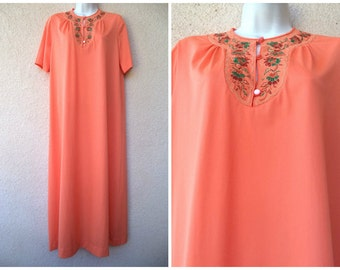 1960s NIGHTGOWN. Nylon Caftan. Hostess Gown. LONG Nightgown. Lounge Dress. Modest Cut Nightgown. Bright Tangerine Color. Size S to M