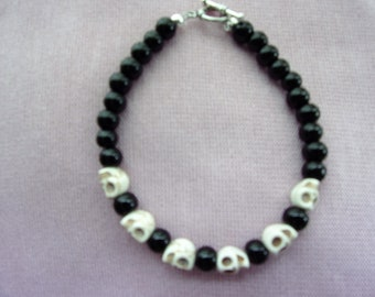 Women's Black Agate and skull bracelet