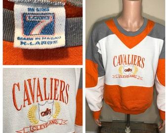 Cleveland Cavaliers sweatshirt // Rare vintage pullover crewneck sweatshirt // cleveland cavs // color block // retro rad 90s // L XL