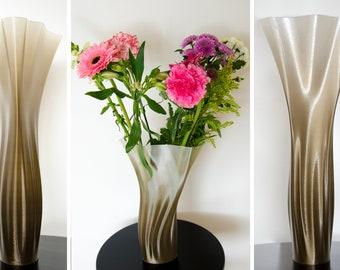 Wind In The Dunes - 3D Printed Vase