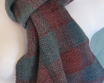 Checkers -- Hand woven Blue Faced Leicester wool scarf