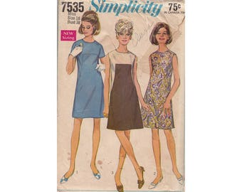 Misses A Line Dress Size 16 Bust 38 Simplicity 7535 Vintage 1960s Sewing Pattern Sleeveless or Short Sleeves Front Seam Interest