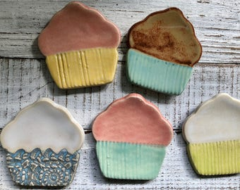 Cupcake Trinket dish - Tea Bag rest - Coffee Spoon rest - Jewelry Dish- ring holder- wedding favors- shower favors- votive holder- ring dish
