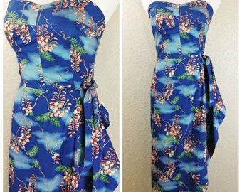 Beautiful Vintage Kai Loa Sarong Hawaiian Dress