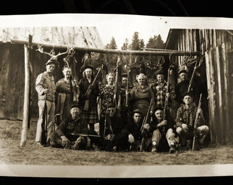 Hunting Party... 1960's Vintage Photo... Original Vintage Snapshot Photograph