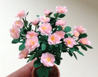 Rose tree in 1/12 for your doll house