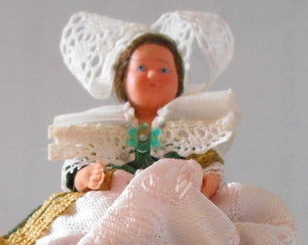 Old folk doll - French Region - Brittany doll - Pont-Aven - Penthièvre dolls