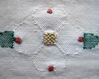 Vintage Linen Cream Apple Blosson Design Hand Embroidered