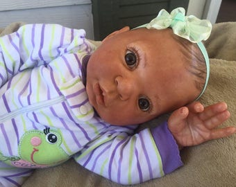 Reborn Baby Girl, hand panted, magnetic pacifier, ready to ship